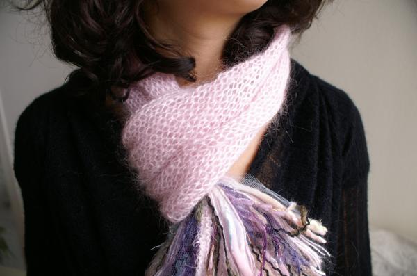 collection 2010 écharpe pompon rose