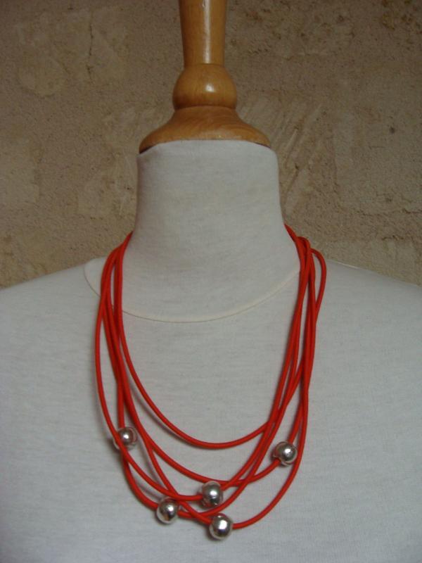 """collier """"Orbite orange"""""""