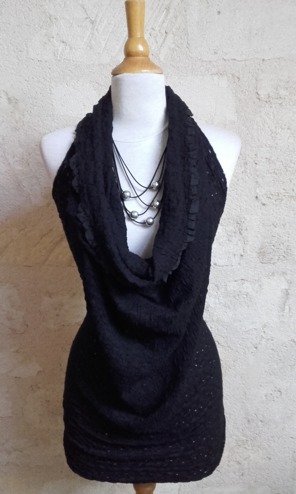 Robe-tunique transformable et collier Orbite